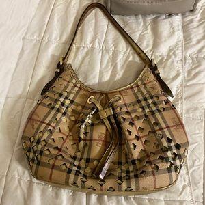 Burberry bag....100 percent authentic